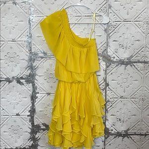 Jessica Simpson yellow one shoulder ruffle dress